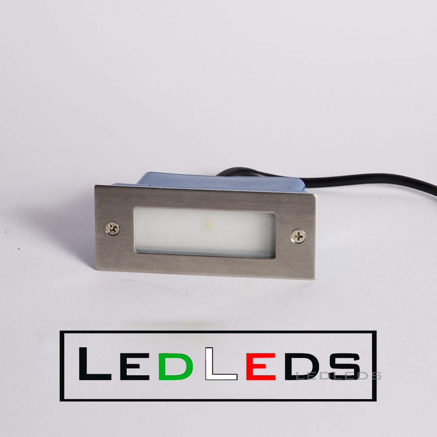 Faretto incasso led segnapasso luce bianco freddo 1 led 1 for Led esterno